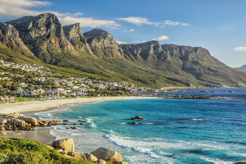 camps-bay-village-attractions-camps-bay-beach