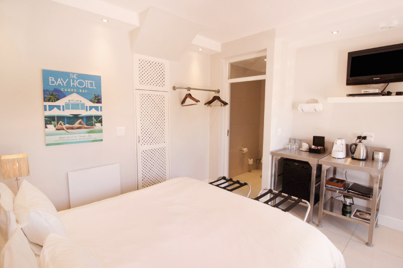 camps-bay-village-classic-room-bedroom-1-2