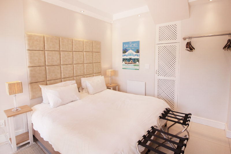 camps-bay-village-classic-room-bedroom-1