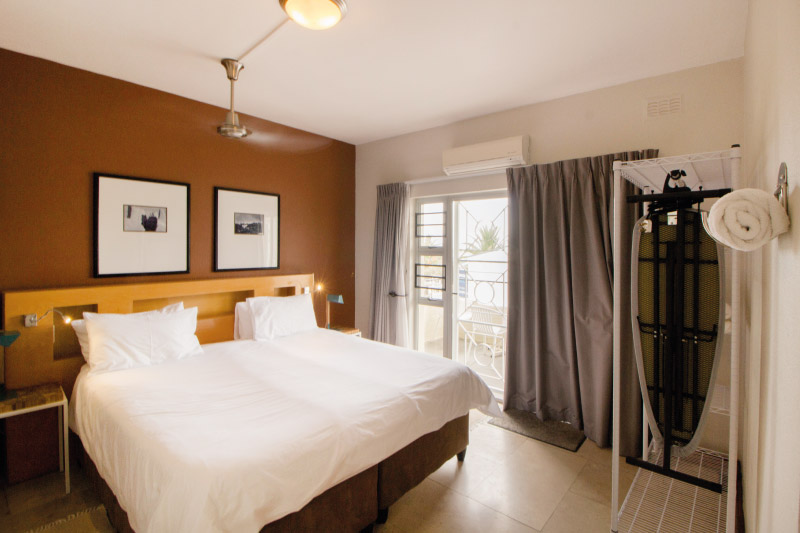 camps-bay-village-1bedroom-bedroom-1